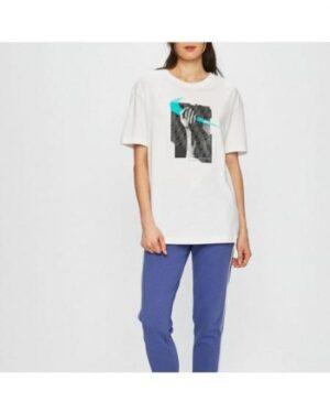 Дамска тениска NIKE W NSW TEE BOY FEM